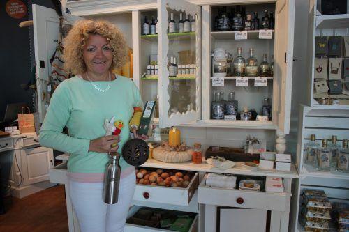 Marika Seeberger vermietet in ihrem Geschäft Verkaufsflächen an regionale Erzeuger.VN/JS