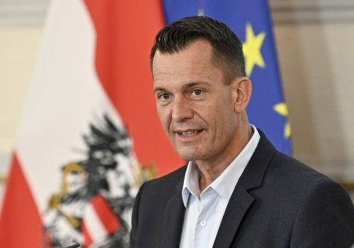 Minister Mückstein steht Sozialpartner-Gesprächen offen gegenüber.APA