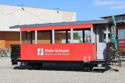 Mit dem Konzertbesuch kann auch eine Führung im Rheinmuseum verbunden werden. Ausstellungshallen und Rheinbähnle bilden eine spezielle Kulisse.stp