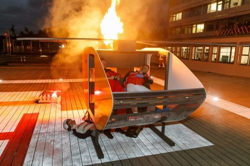 Nur eine Übung: Rettungsheli nach Bruchlandung in Flammen.