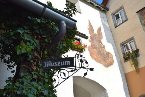Obwohl das Bludenzer Stadtmuseum aktuell aufgrund von Umbauarbeiten geschlossen ist, öffnet es anlässlich der Langen Nacht der Museen für interessiertes Publikum seine Tore.Stadtmuseum bludenz/Stadt bludenz