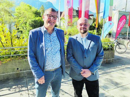 OLB-Stadtparteiobmann Wolfgang Maurer (l.) übergab das Zepter an Lukas Zudrell.VN/JS