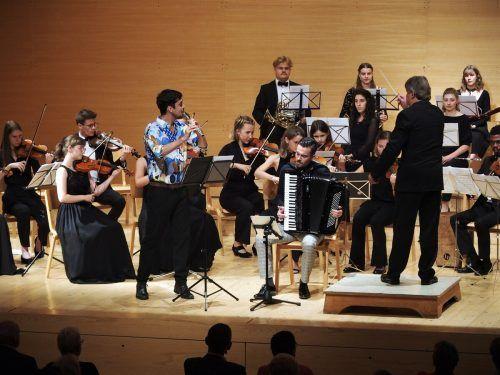 """Quarta überzeugte mit mitreißend jungem Charme. Zudem sorgte """"Das Kollektiv"""" für virtuose Tango-Momente. JU"""