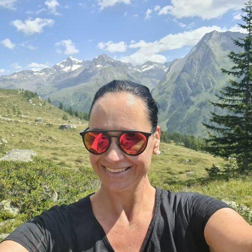 Verena Knittel (l.) und Bettina Wechselberger trainieren fleißig und freuen sich schon auf das große Laufereignis.
