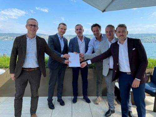 "Vertragsunterzeichnung für das Joint Venture ""PET Recycling Team Targu Mures"". FA"