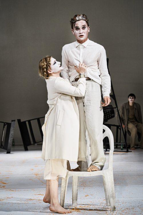 Vivienne Causemann und David Kopp überzeugen mit ihrem Schauspieltalent am Vorarlberger Landestheater.                              vlt/A. Köhler