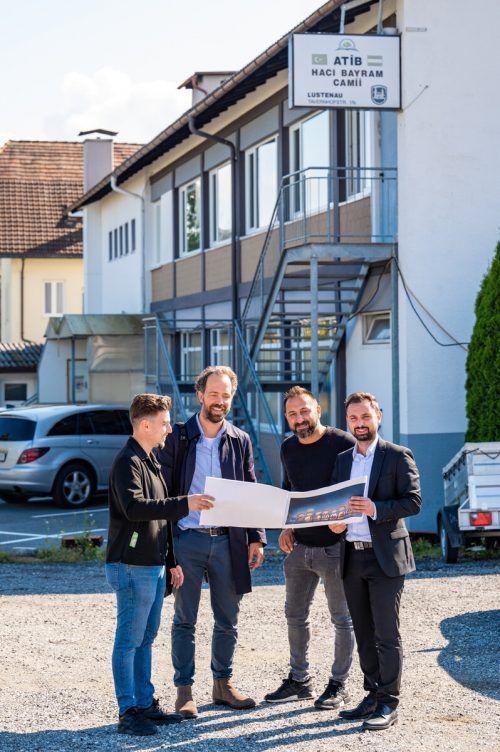 Vorfreude auf ein Projekt, das Menschen zusammenbringen soll: Cansiz, Specht, Yimaz und Öztürk (v.l).VN/Serra