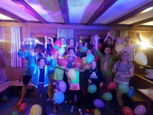 Zum Abschluss des Jungmusiklagers wurde eine Bad-Taste-Party gefeiert. SMV Sulz