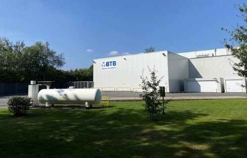 Alpla kauft BTB PET-Recycling mit Sitz in Bad Salzuflen. Das Unternehmen verarbeitet gebrauchte PET-Flaschen zu Recyclingmaterial. Alpla