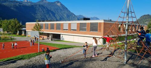Am Samstag kann sich die Bevölkerung ein Bild vom neuen Nüziger Bildungscampus machen.Gemeinde