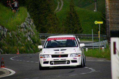 Andre Dorer im Mitsubishi Evo kommt als Gesamtzweiter zu den letzten Rennen des Vorarlberger Drytech-Automobilcups.HB