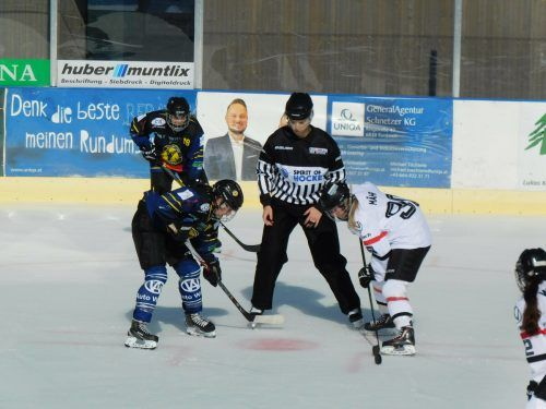 Auch die Emser Eishockey Ladies waren am Wochenende beim Steinbock-Cup im Einsatz. mima (3)
