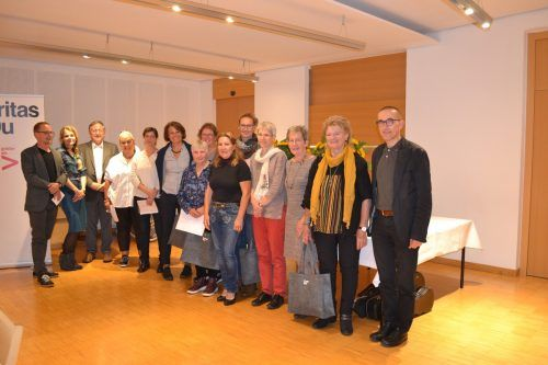 Bei einem Danke-Abend in St. Arbogast wurden langjährig engagierte freiwillige Mitarbeiter der Caritas geehrt.Caritas