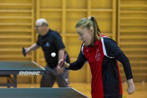 Beim Boccia-Training in der Sporthalle der Bludenzer Caritas soll auch ein geselliger Effekt für die Sportlerinnen und Sportler gegeben sein.PAULITSCH/4