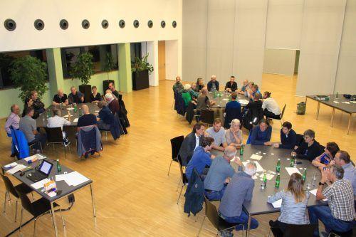 Beim ersten Bevölkerungsworkshop in der Koblacher DorfMitte wurde vergangene Woche intensiv gearbeitet und diskutiert.Gemeinde KOblach