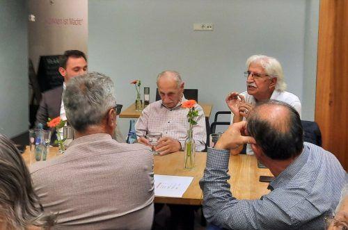 Beim Erzählcafé im Bludenzer Eichamt wurden spannende Geschichten und Erinnerungen ehemaliger türkischer Gastarbeiter ausgetauscht.Sprenger