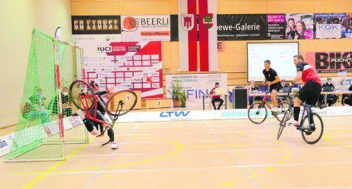 Der erste gemeinsame internationale Auftritt war von Erfolg gekrönt: Beim Weltcupturnier im April in Dornbirn holten sich die Lokalmatadore Patrick Schnetzer und Stefan Feurstein mit sechs Siegen und 32:13-Toren in überlegener Manier den Gesamtsieg. Verein