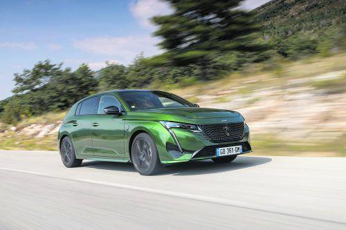 Der neue Peugeot 308 will auffallen und demonstriert Selbstbewusstsein. Premiere feiert das frisch gestaltete Markenlogo.werk