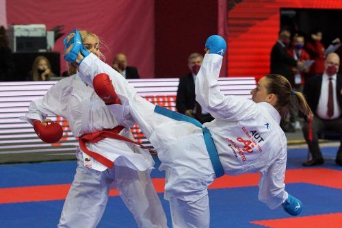 Der zweite Platz in Moskau war bereits die 25. Podestplatzierung von Bettina Plank bei einem Premier-League-Turnier.Karate Austria