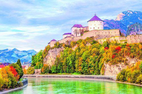 Die Festung Kufstein ist das Wahrzeichen der Stadt. Shutterstock