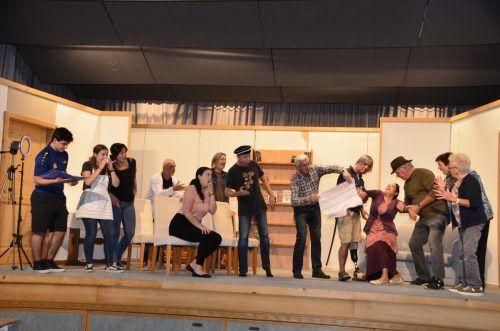 Die Mitglieder der Theatergruppe Wald-Dalaas proben fleißig. DOB
