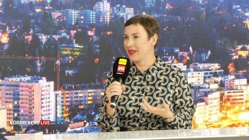 Die Neos-Nationalratsabgeordnete Henrike Brandstötter fordert in der Vorarlberg live-Sendung eine Neuaufstellung der Medienpolitik in Österreich. VN