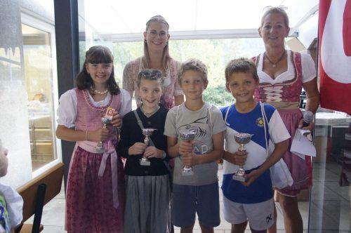 Die Sieger der J10 der Nachwuchs-Vereinsmeisterschaft.TC Nüziders