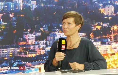 """Die Vorarlberger Autorin Marlene Kilga stellte in der Sendung """"Vorarlberg live"""" ihren Krimi """"Odins Krähen"""" vor, der in Schlins spielt."""
