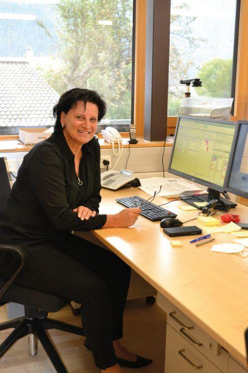 Direktorin Yvonne Stroppa an ihrem neuen Arbeitsplatz.BI