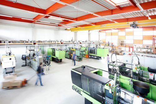 Grabher beliefert die Beschläge- und Filterindustrie sowie Hersteller von Elektrogeräten und Luft-Wärmetauschern. grabher