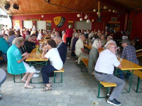 Grillnachmittag des Seniorenbunds Höchst am 18. August im Rheinauareal.Seniorenbund