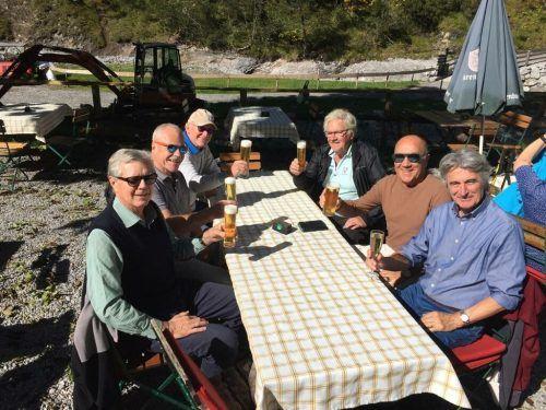 Im Bild: von links Gerhard Marte, Ing. Willi Brugger, Alfons Wimmer, Werner Jenny, Paul Ammann und Mario Pozzini. Dr. Klaus Zitt fehlt auf dem Bild.TC SPG Walgau