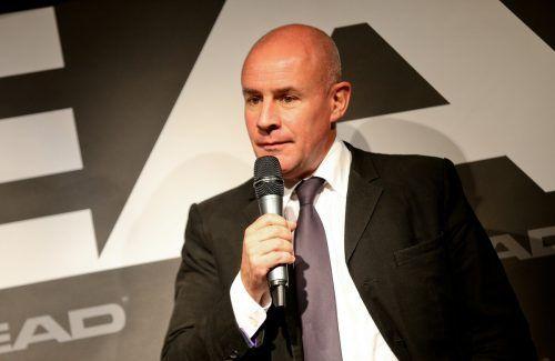 Johan Eliasch, ehemaliger Head-Chef und neugewählter Präsident beim Internationalen Skiverband, diskutiert moderne Formate für die alpine Sparte. gepa