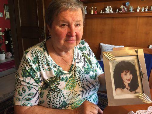Karin, die Tochter von Maria Kleinbrod, starb 1992 im blühenden Alter von 19 Jahren.