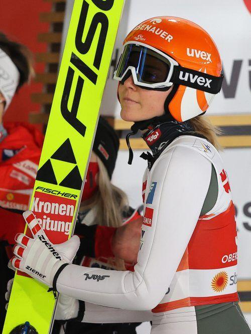 Marita Kramer siegte in Klingenthal mit neuem Schanzenrekord.gepa