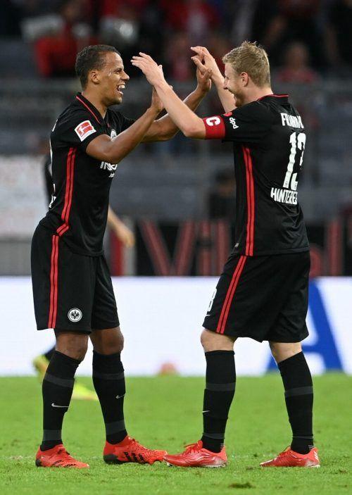 Martin Hinteregger jubelt über den ersten Saisonsieg bei den Bayern.afp