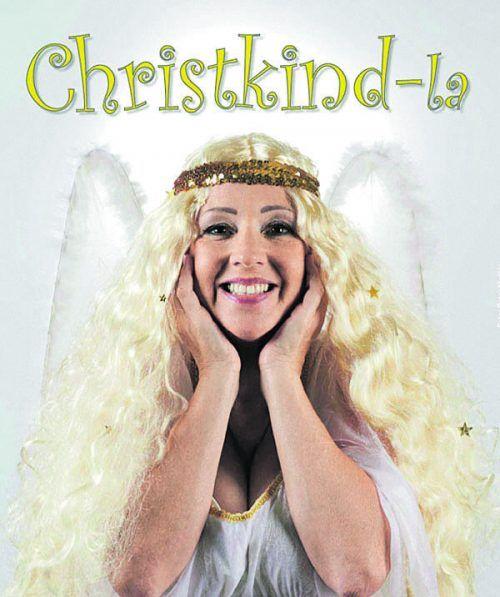 """Mit dem Programm """"Christkind-la"""" tourt Gabi Fleisch durchs Ländle. veranstalter"""