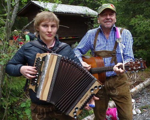 Musik und seine Band Schwarzbrennar sind die größten Leidenschaften von Sebastian Jehle. Jehle