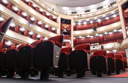 Neu bestuhlt und als Bundestheater nun vom Bund finanziell besser bedacht ist das Wiener Burgtheater. APA