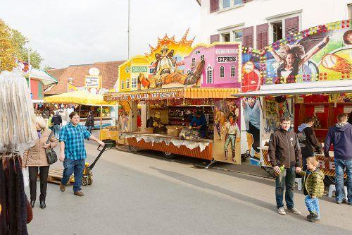 Ob am Kilbisonntag im Austriadorf oder am Kiesparkplatz: Rummelplatz-Fans kommen auf ihre Kosten. GDE