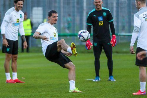 Österreichs Hoffnungen ruhen nach Ausfällen nun auf dem Neo-Bayern München-Spieler Marcel Sabitzer. Er soll das ÖFB-Team zum Sieg über die Färöer führen.gepa
