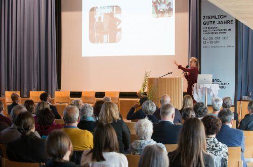 Rund 240 Teilnehmerinnen und Teilnehmer waren bei den Landgesprächen in Hittisau dabei und folgten bekannten Vortragenden. M. Faisst