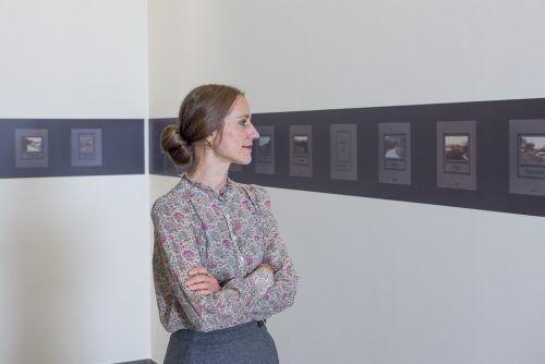 Schriftstellerin Verena Roßbacher mit ihrer Bilderzählung. otter