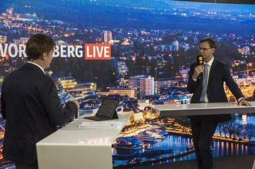 Sondersendung v-live Regierungskrise: Markus Wallner, Eva Hammerer, Sabine Scheffknecht Reinhold Einwallner, Christoph Bitschi im VN Studio.