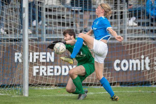 Wenig Mühe hatt der FC Lustenau mit dem FC Fußach beim 3:0-Heimsieg.sams