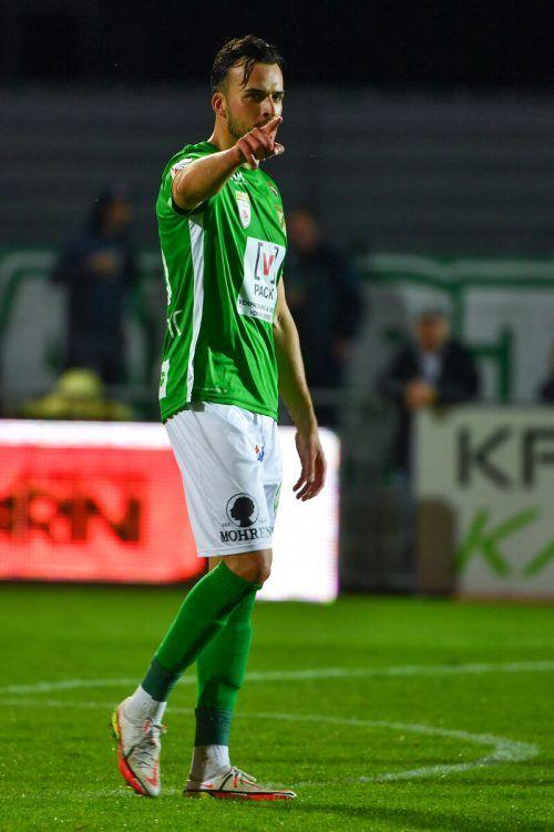 Wenn man von Toren spricht, ist Haris Tabakovic nicht weit. Austrias Goalgetter geht voller Selbstvertrauen, aber nicht arrogant ins Heimspiel gegen den KSV. gepa